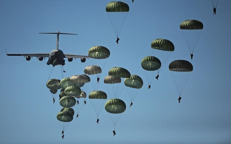 parachute-704413_960_720
